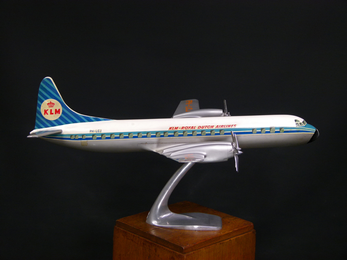 En vente :  MAQUETTE D'AGENCE KLM LOOCKEED ELECTRA L 188 ROYAL DUTCH AIRLINES