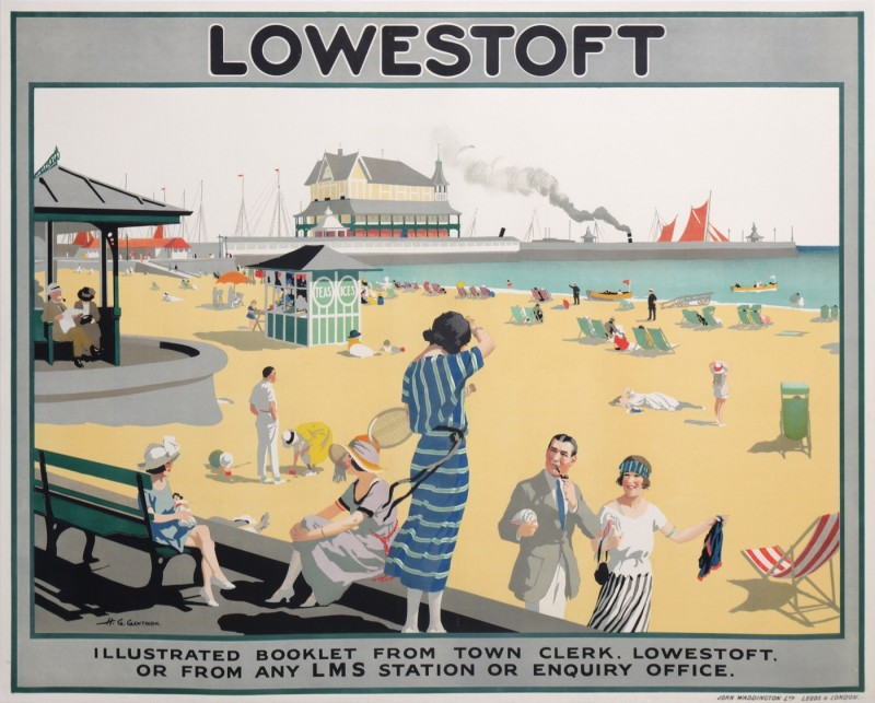 En vente :  LOWESTOFT LMS TRAIN STATION  ENGLAND